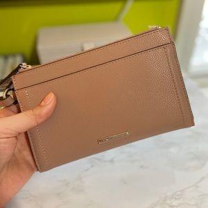 Vince Camuto Wallet / Wristlet